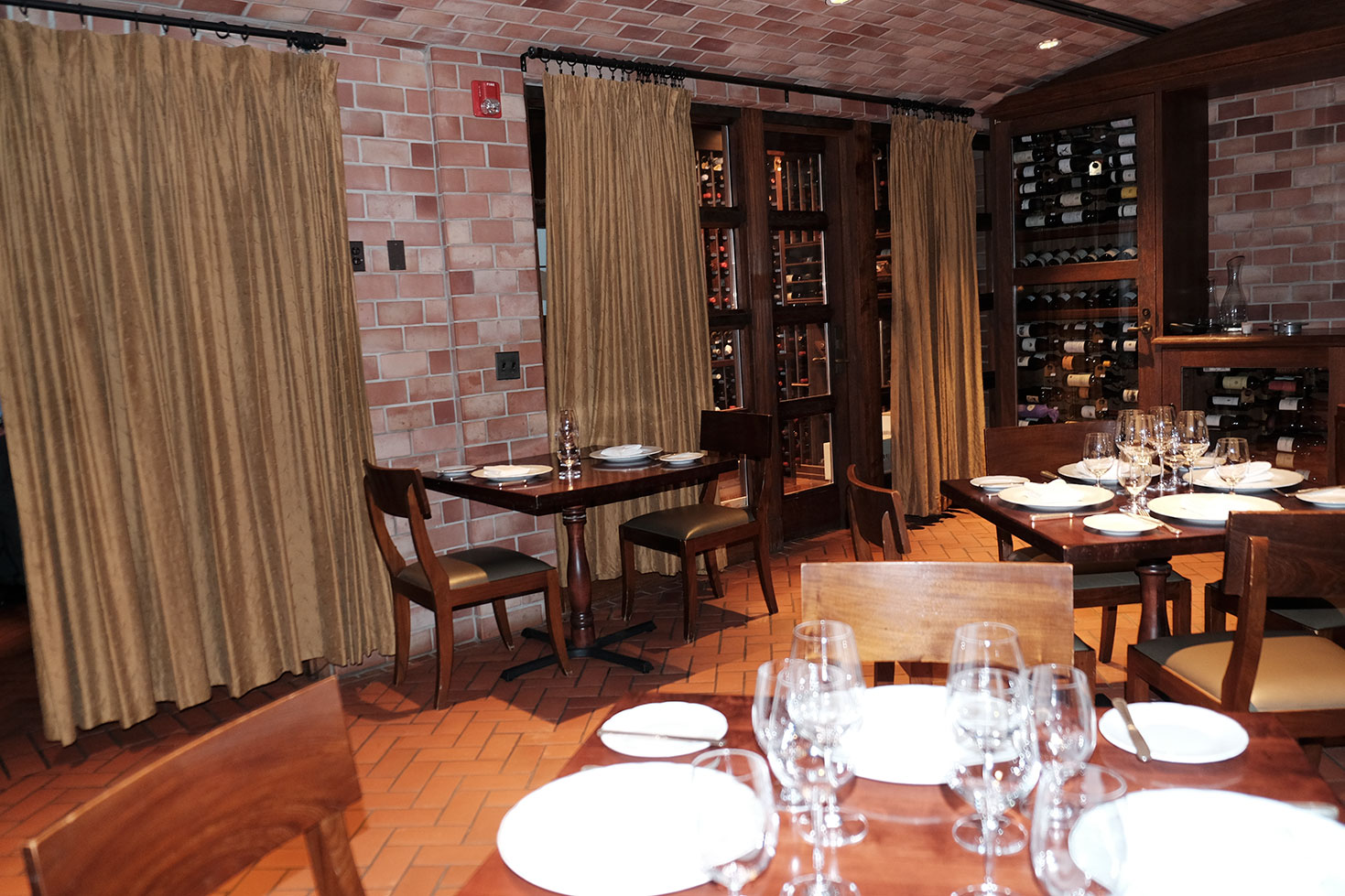 private_dining_2